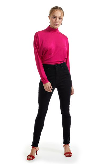 25070003_0005_1-CALCA-SKINNY-BASIC-BLACK