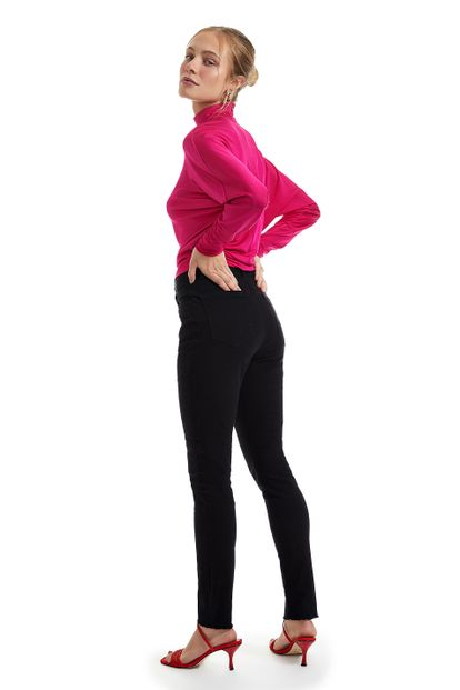 25070003_0005_2-CALCA-SKINNY-BASIC-BLACK